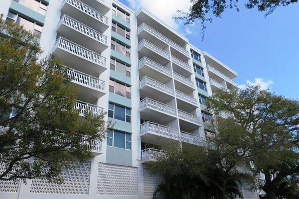 Harbour Hill Condominiums