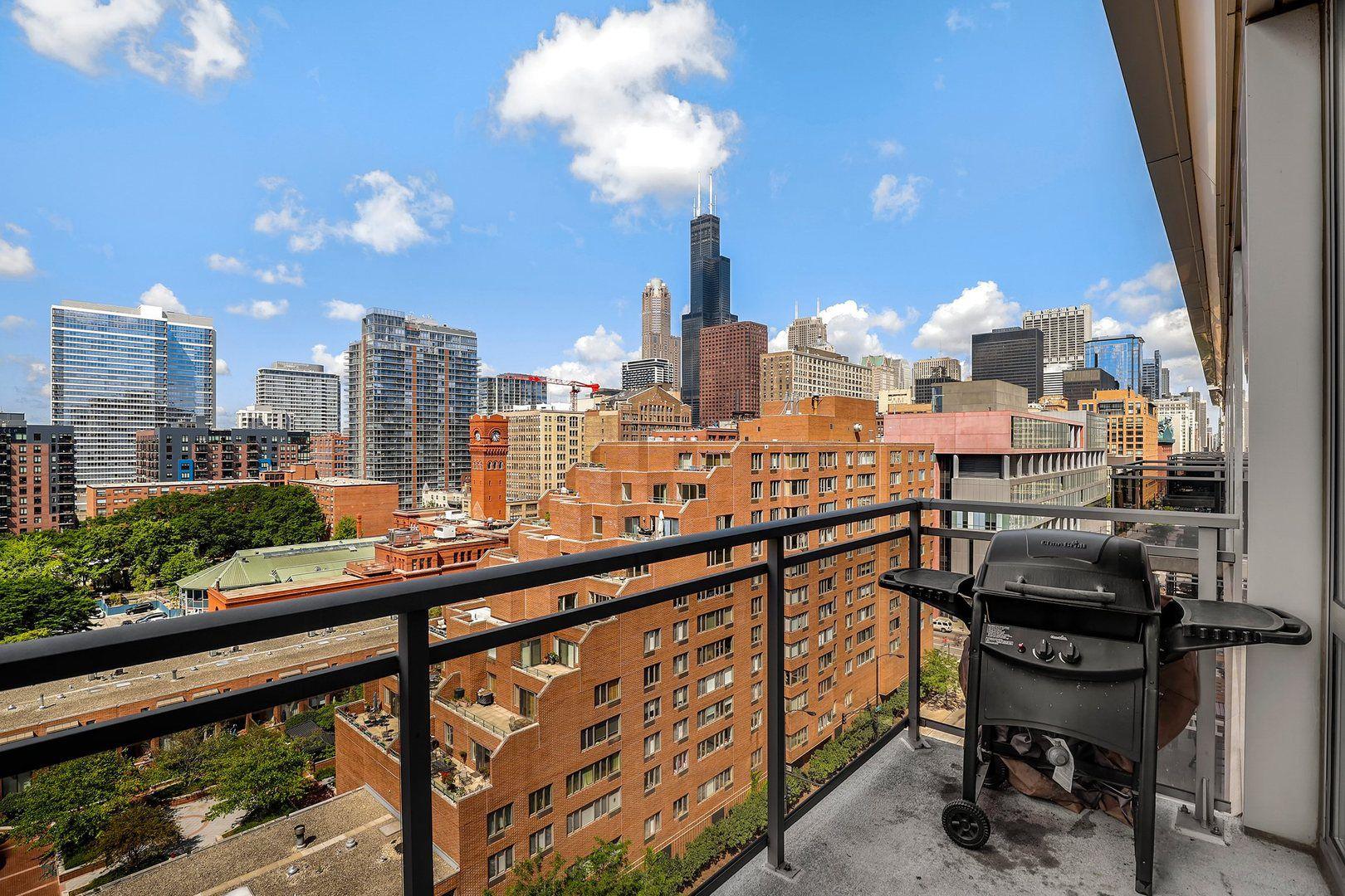 1 E 8th Street 1004 Chicago Illinois Neighborhoods Com