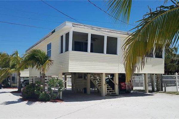 Bahama Beach Club Condominiums