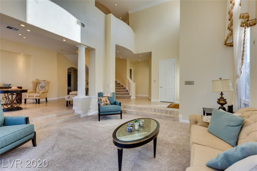 8320 Carmel Ridge Court