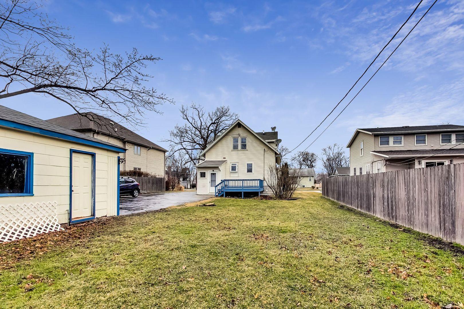 260 E Grantley Avenue