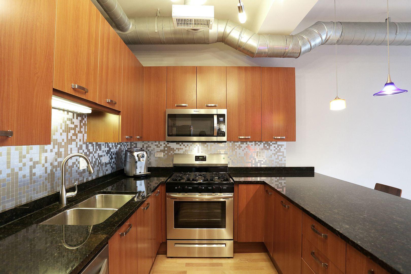 1225 W Morse Avenue 407