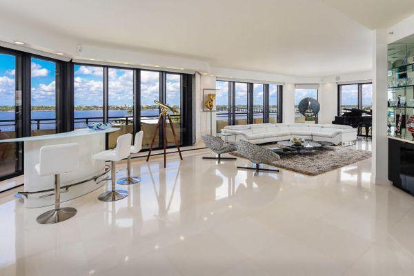 Palm Beach Hampton Condominiums