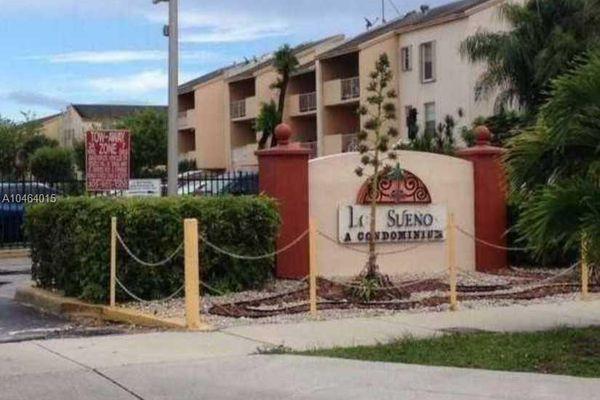 Los Suenos Condominiums