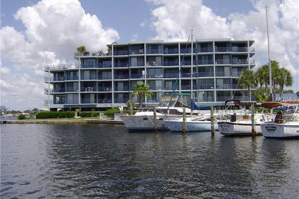 Pointe Pleasant Harbour Condominiums