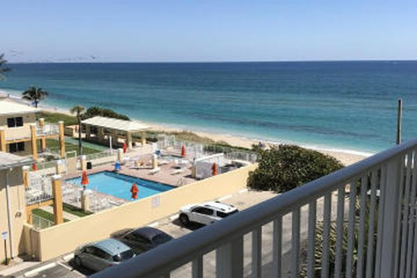 Gulfstream Shores Condominiums