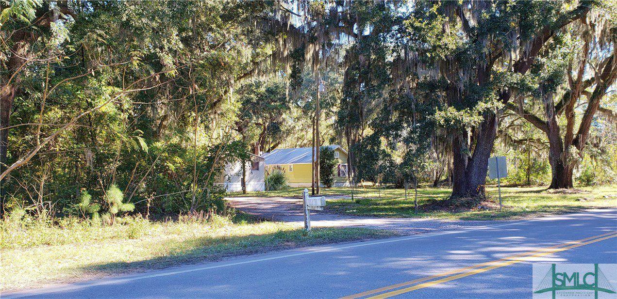 1402 Little Neck Road
