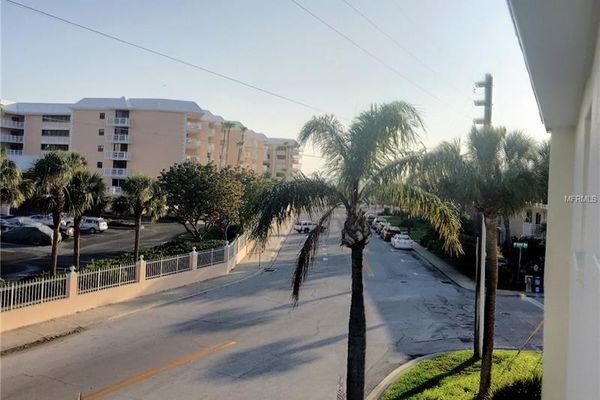 Gulf Claridge Condominiums