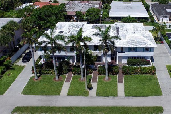 Boca Raton Riviera Condominiums