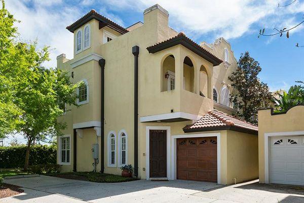 Casa Cielo Condominiums