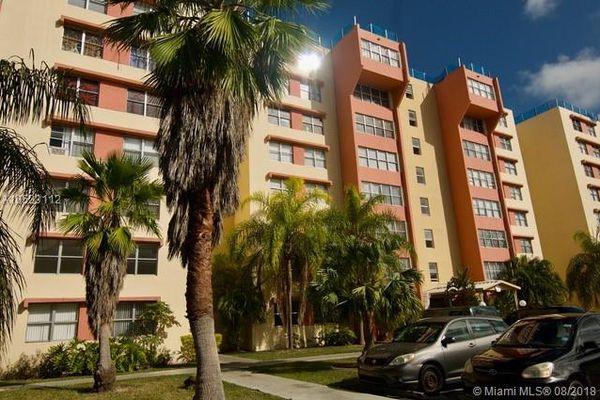 Dadeland Plae Condominiums