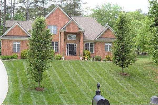 Lake Hills Estates