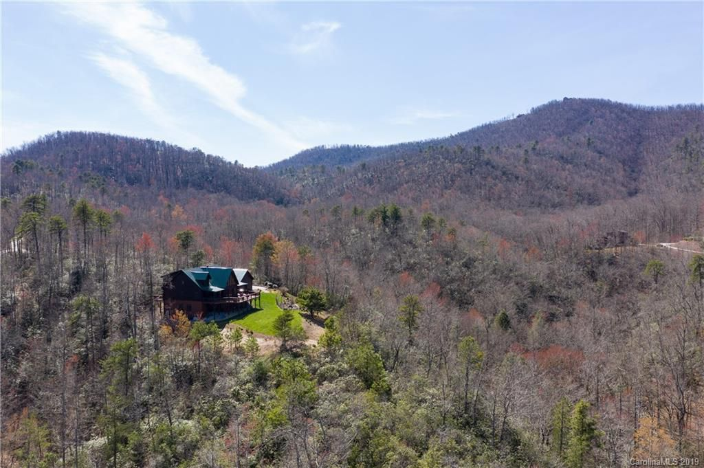 346 Mountain Falls Trail