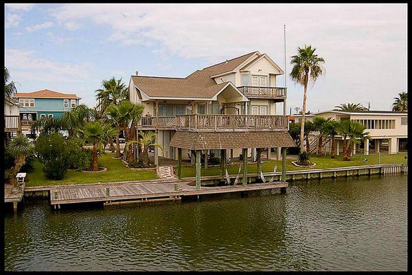 New Bayou Vista