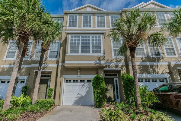 Bayshore Pointe Townhomes