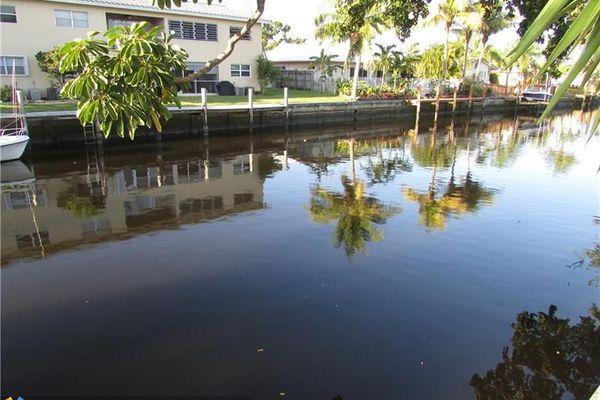 Coral Point Condominiums