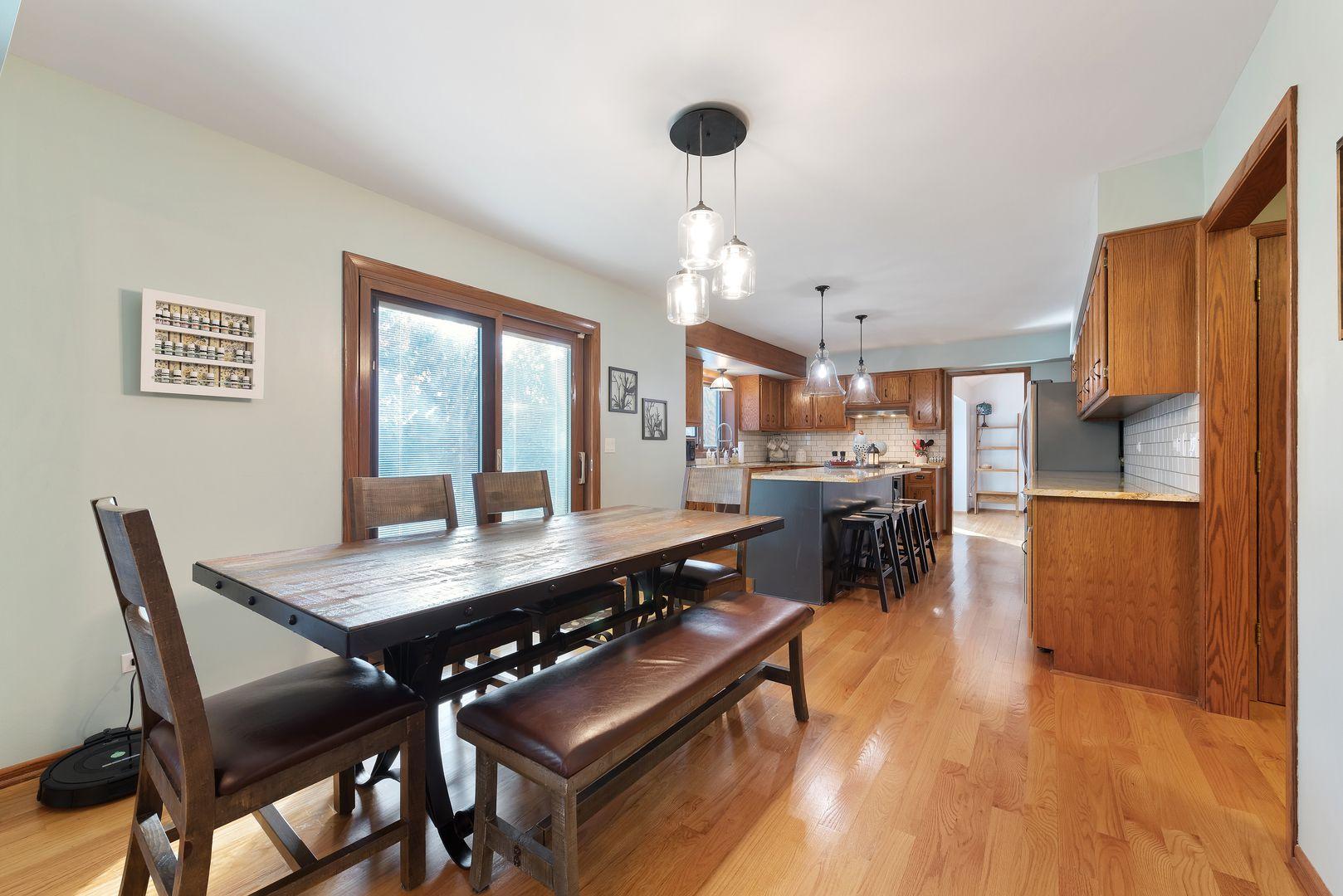 14931 S Woodcrest Avenue