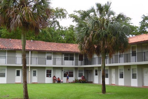 Silver Palms Condominiums