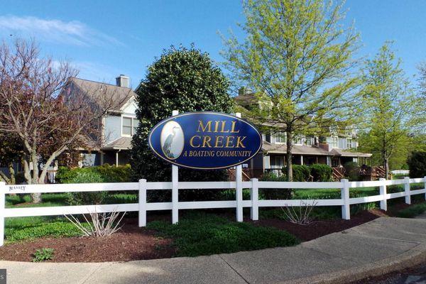 Mill Creek Condominiums