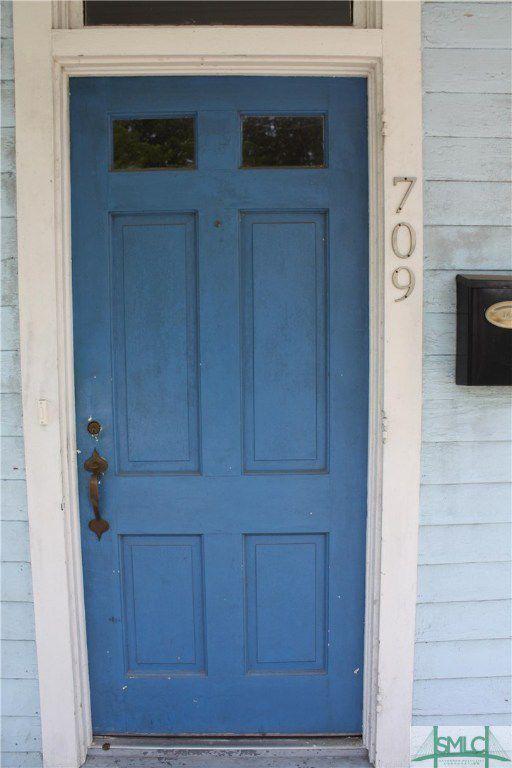 709 E 39th Street