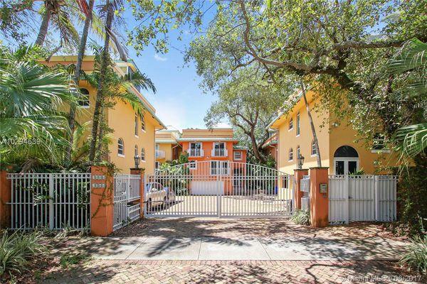 Coconut Key Condominiums