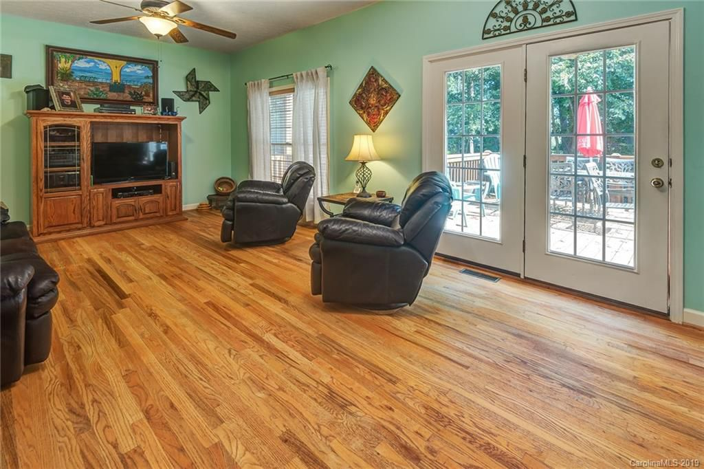 656 Southern Pines Place