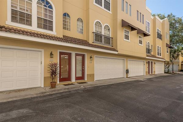 Las Palmas At Ballast Point Townhomes