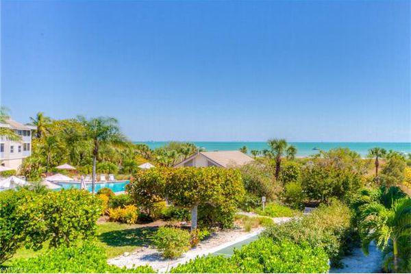 Shell Island Beach Club Condominiums