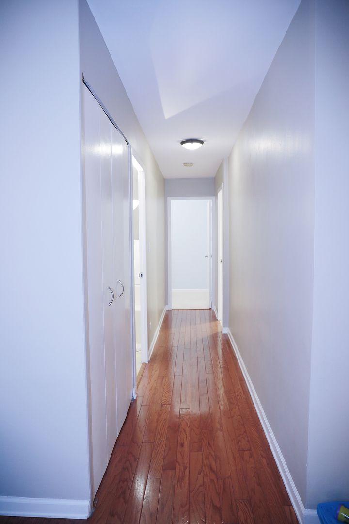 1516 Hinman Avenue 403