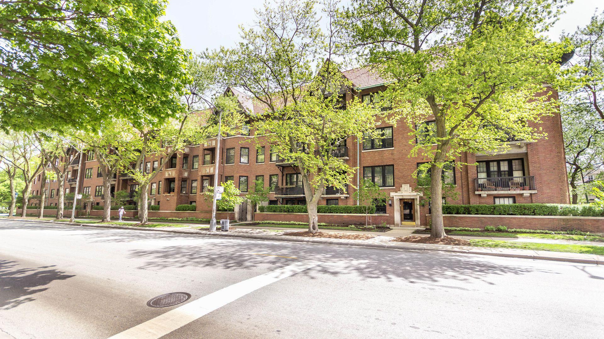 1617 E Hyde Park Boulevard 2