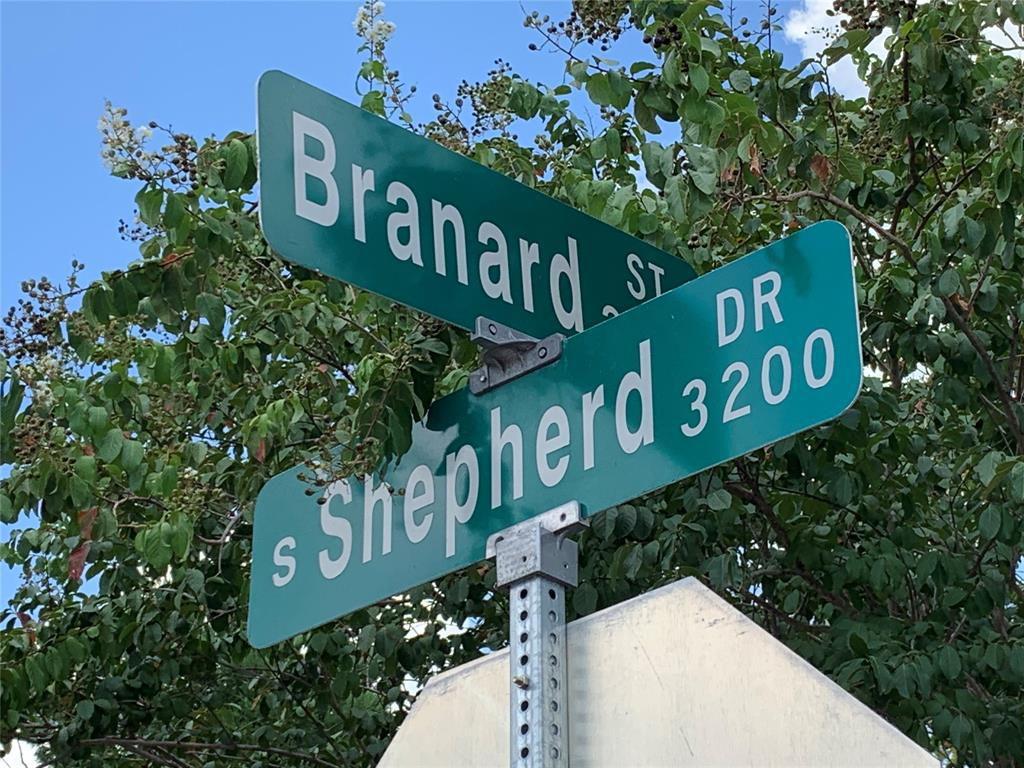 2056 Branard Street