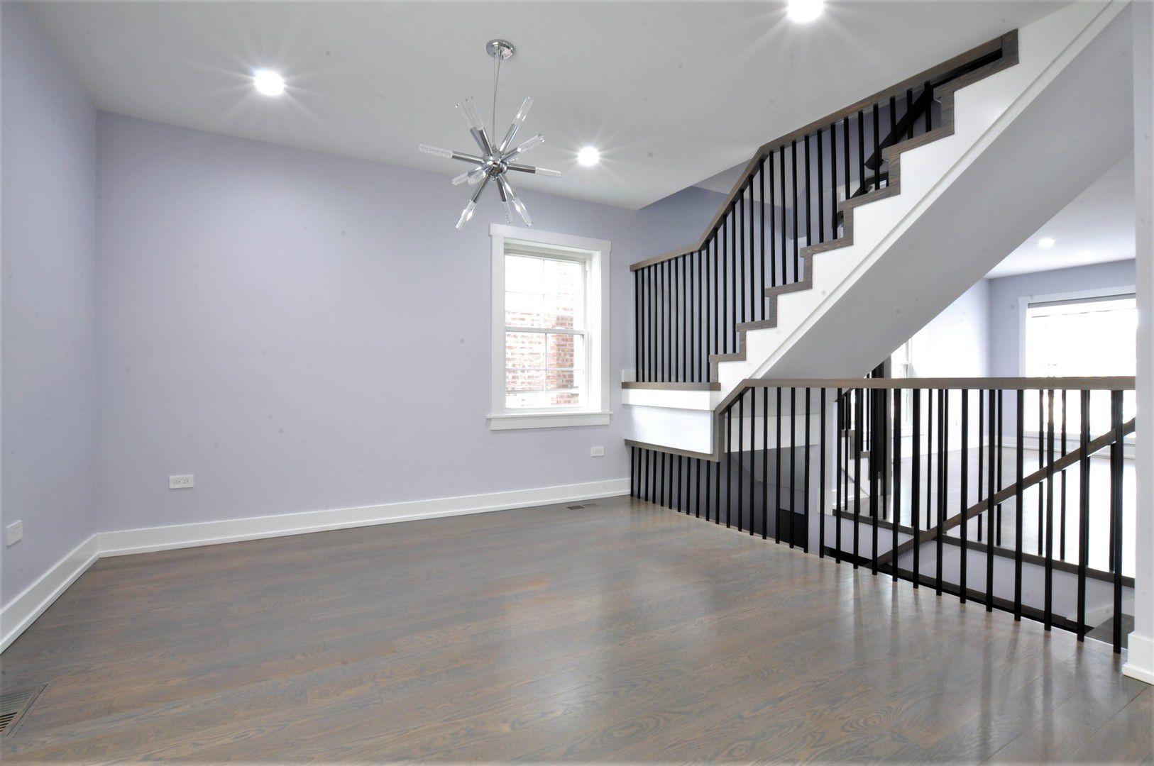 3827 Harvard Terrace