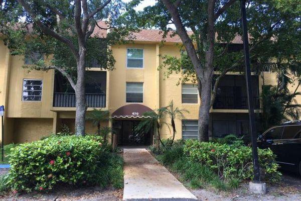 Casa Del Rio Condominiums