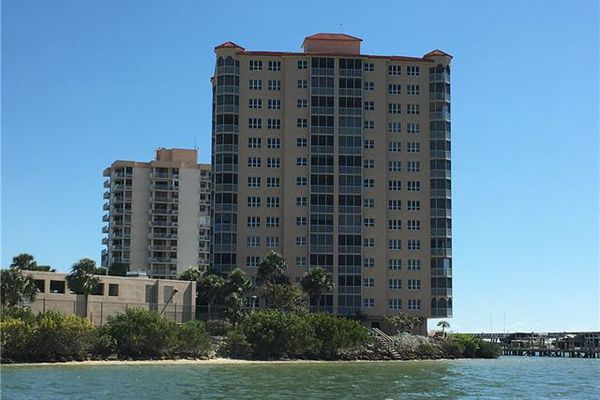 Island Beach Club Condominiums