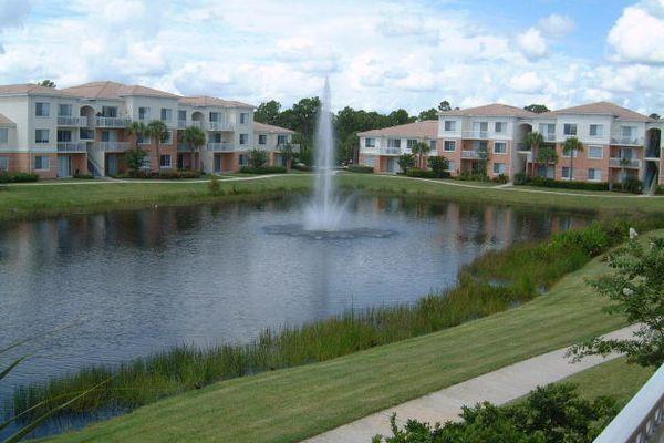 Fiore At The Gardens Condominiums