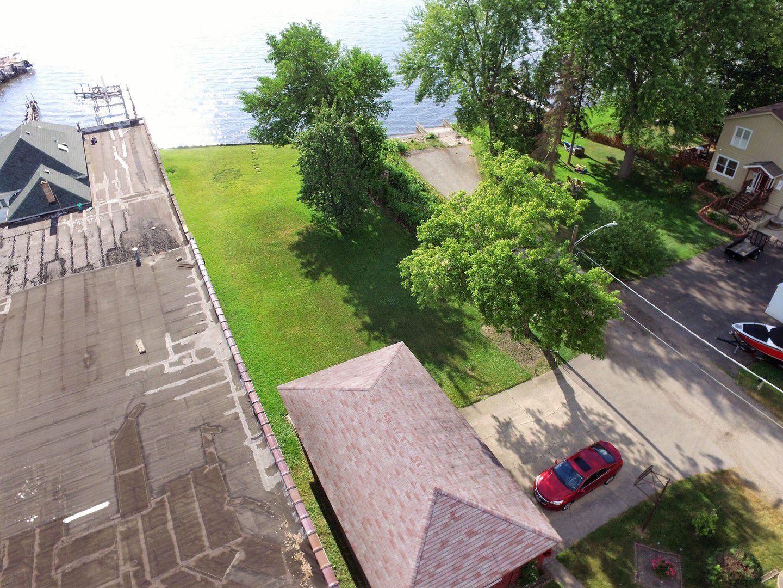 34 N Pistakee Lake Road