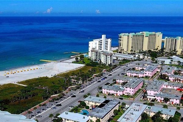 Gulf Winds Condominiums