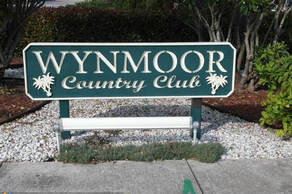Wynmoor Portofino Village