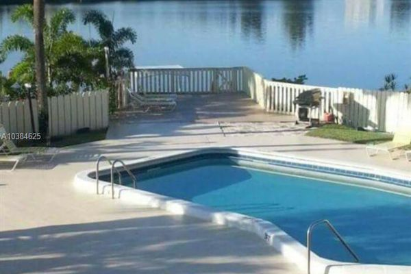 Lakeview Condominiums