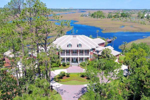 Marsh Landing Country Club