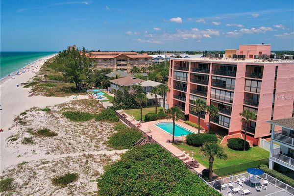 Pelicans Cove Condominiums