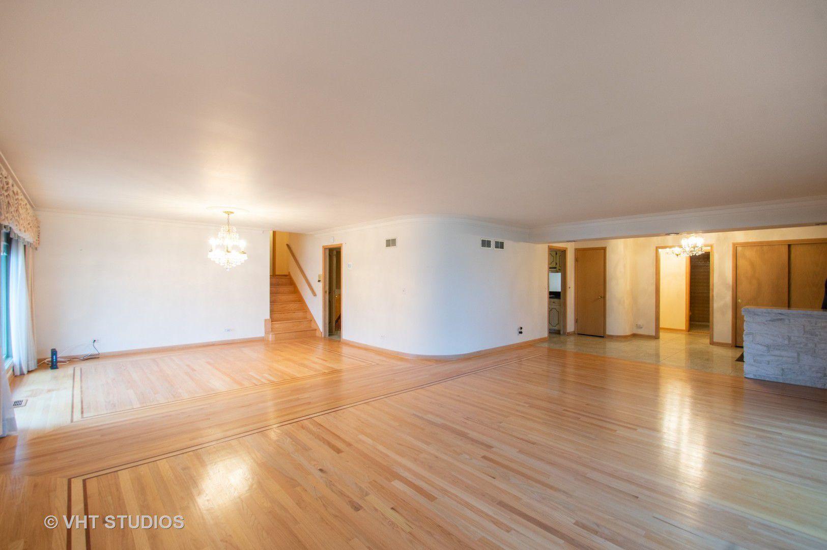 6700 N Longmeadow Avenue