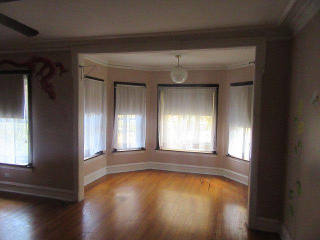 6818 N Lakewood Avenue 1