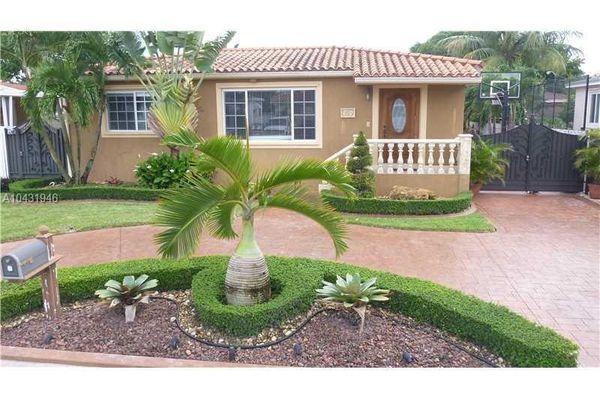 Palm Estates