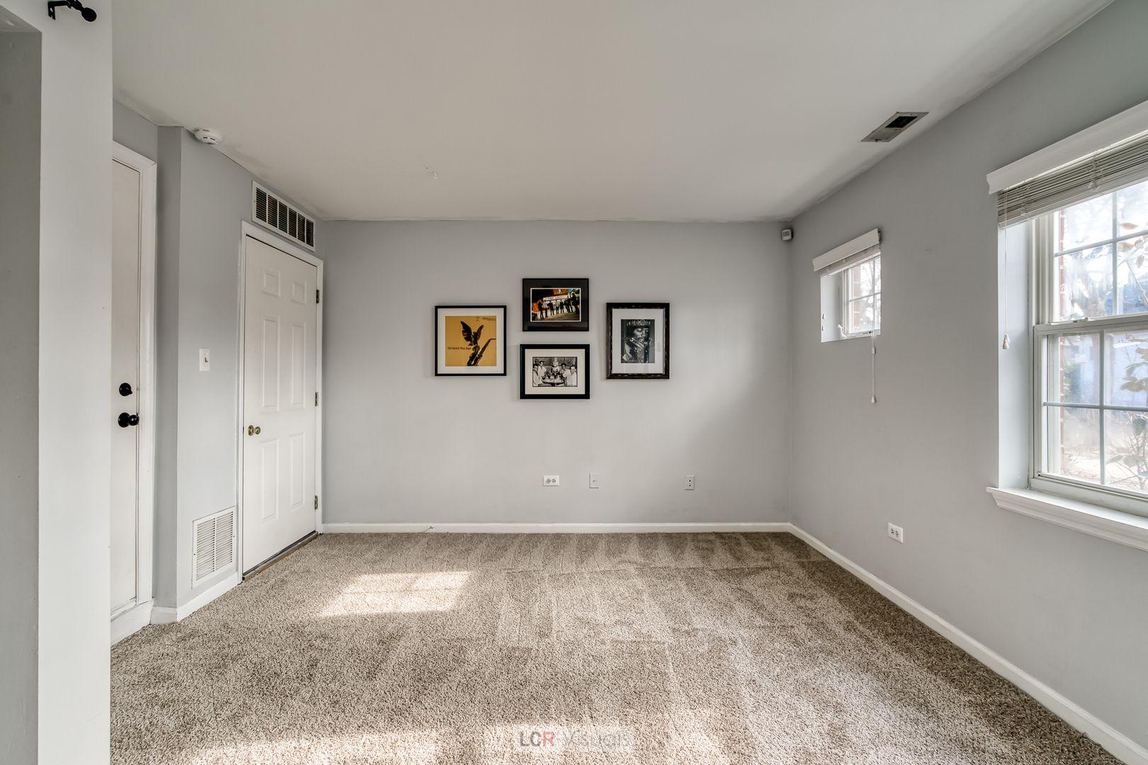7006 W Belden Avenue
