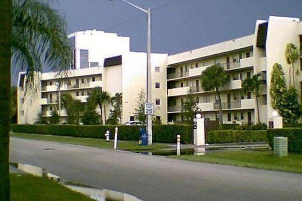 Jamestown Condominiums