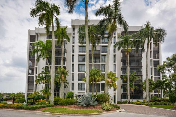Lakewood Gardens at Boca West