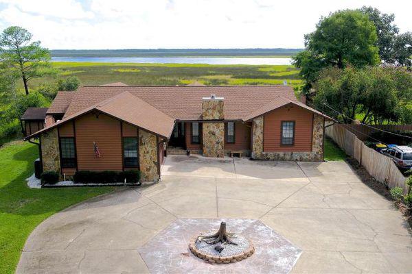 Eagle Bend Island