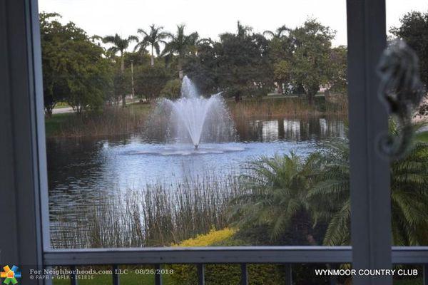 Nassau Village Wynmoor Condominiums
