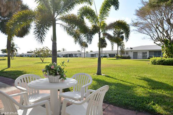 Leisureville Golf View Condominiums